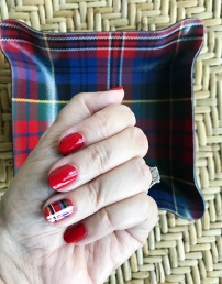 nailart-holiday-decorumstyle-plaid