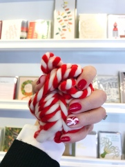 nailart-holiday-sugarpaper