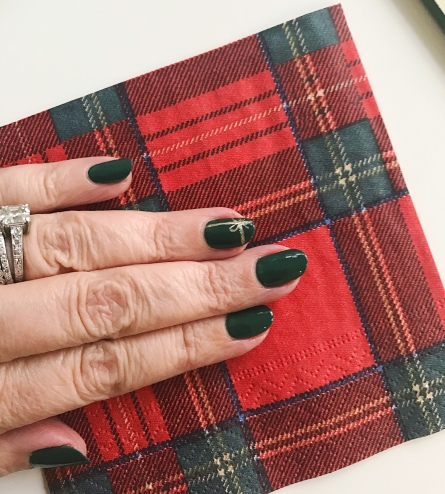nailart-plaid-holiday