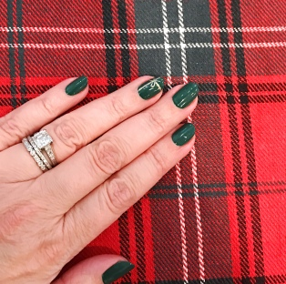 nailart-williamssonoma-plaid-holiday