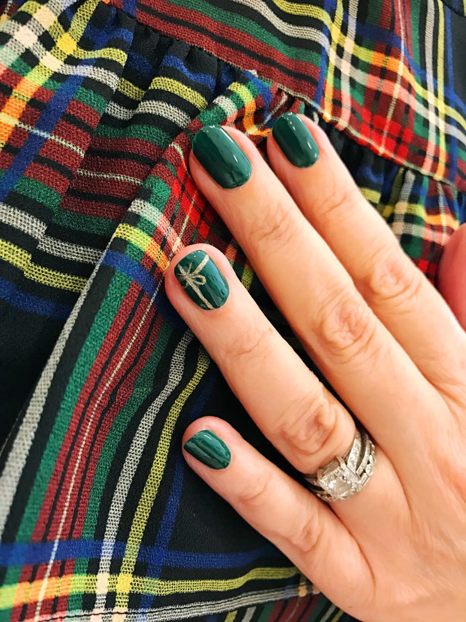 nailart-jcrew-plaid-holiday