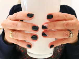 chanel-jcrew-olivejune-nailart-negativespace