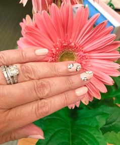 chanel nail art floral gerbera