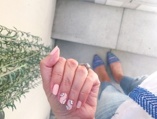 jcrew chanel nail art floral alfred tea