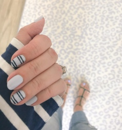 stripes-manimonday-essie=saintjames-jcrew-carrieforbes