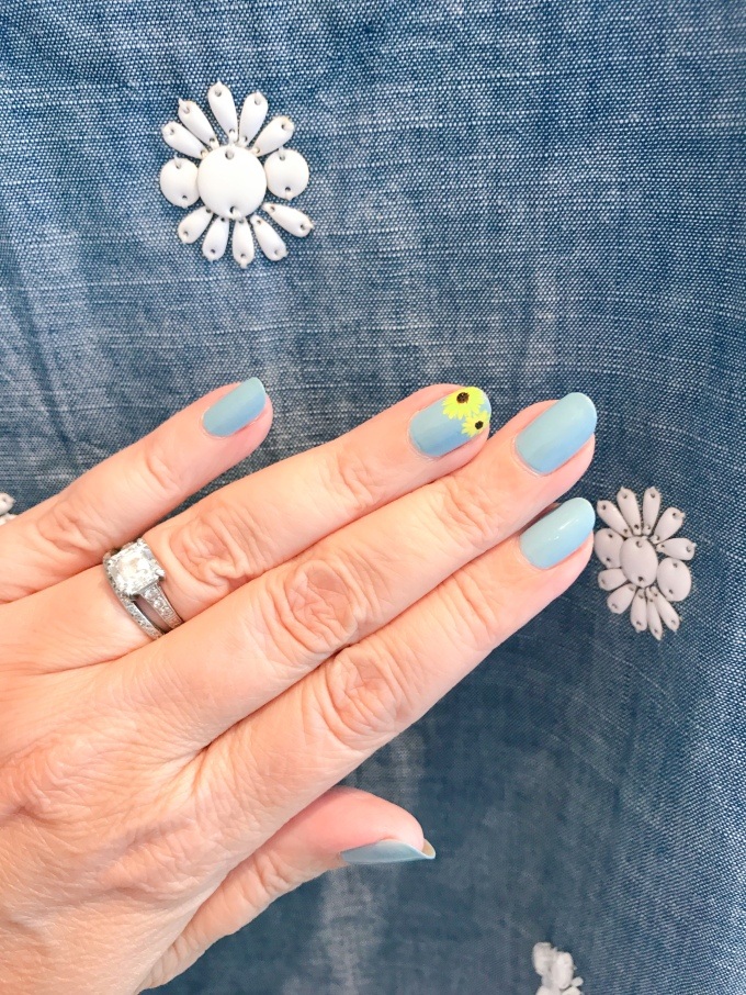 jcrew-manimonday-nailart