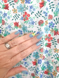 mani monday sunflower nail art essie jcrew liberty