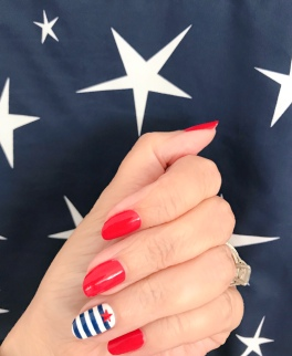 manimonday-nailart-essie-stars-jcrew