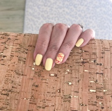 manimonday-nailart-jcrew-corkclutch