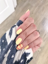 manimonday-nailart-jcrew-ikat