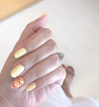 manimonday-nailart-jimmychoo-olivejune