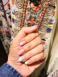 manimonday-nailart-jcrew-toryburch