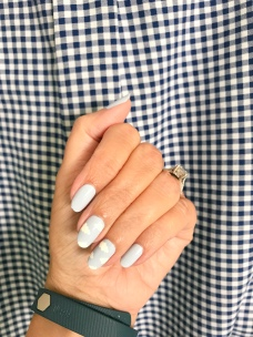 manimonday-nailart-jcrew-fitbit