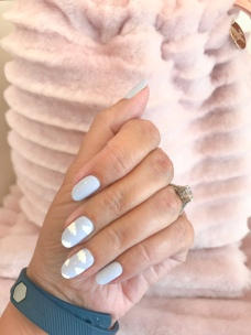 manimonday-nailart-clarev-fitbit
