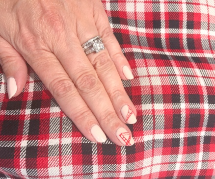 manimonday-nailart-plaid-goldengate