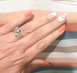 manimonday-nailart-essie-madewell-stripes