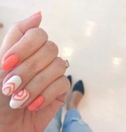 manimonday-nailart-essie-jcrew