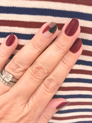 nailart-essie-olivejune-madewell