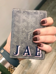 manimonday-goyard-monogram-essie-nailart