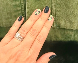 nailart-manimonday-essie-flowers-harveyfaircloth