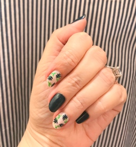 nailart-manimonday-essie-flowers-thegreat
