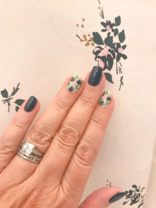 nailart-manimonday-essie-flowers-alc