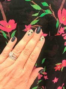 nailart-manimonday-essie-flowers-aliceolivia