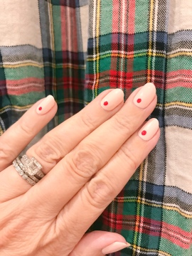 nailart-manimonday-essie-olivejune-jcrew-plaid