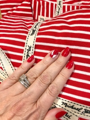 manimonday-nailart-michaelstars-holiday-candycane-stripes
