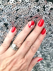 manimonday-nailart-gap-holiday-candycane-gaplove