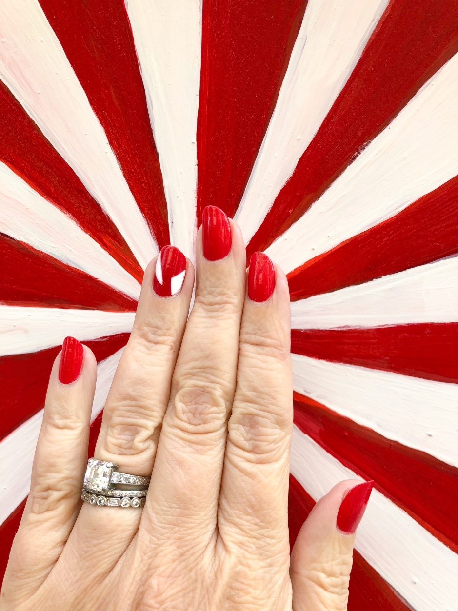 manimonday-thegrovela-candycane-nailart-holiday