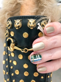manimonday-chanel-plaid-gucci