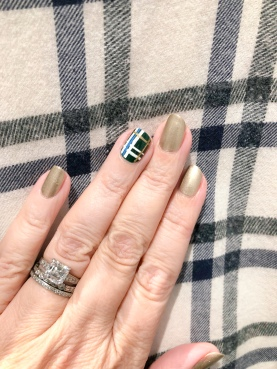 manimonday-chanel-plaid-lafayette148
