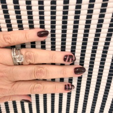 manimonday-nailart-essie-theory