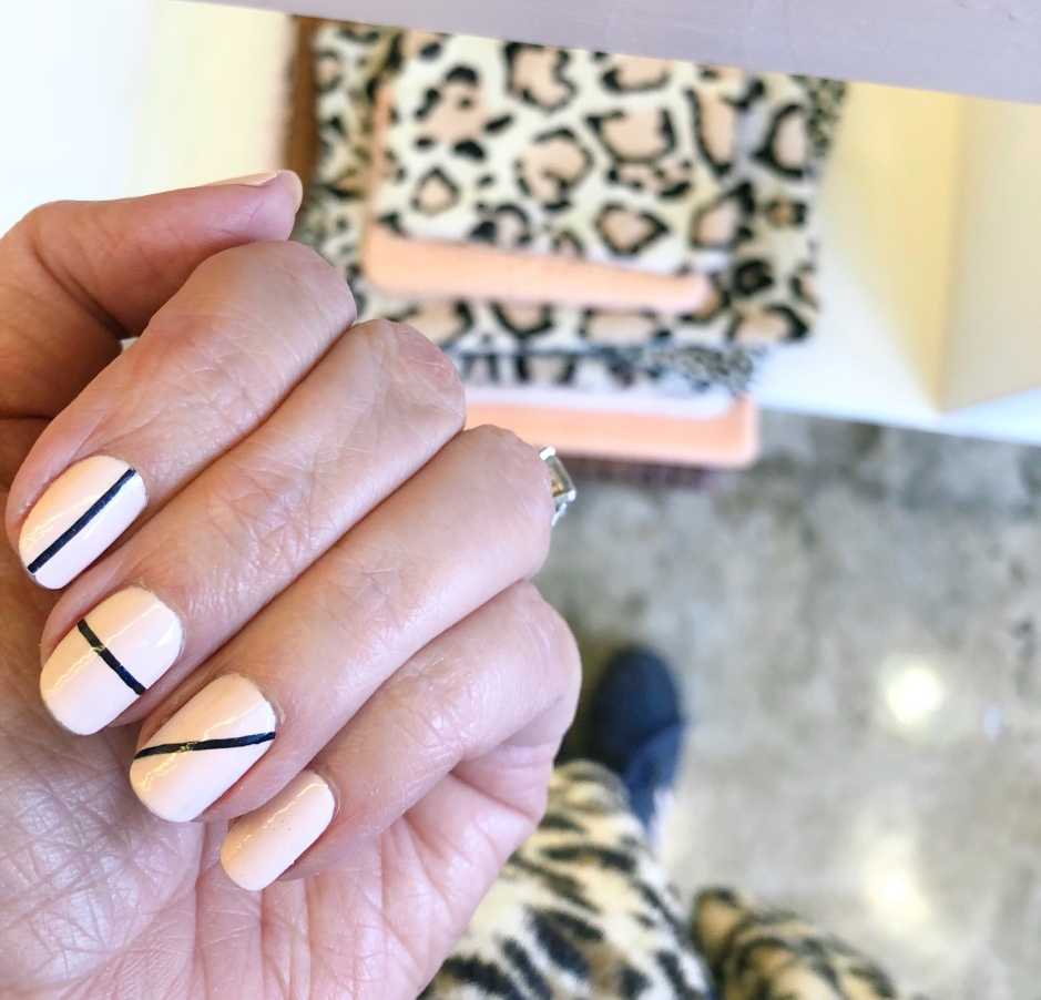manimonday-nailart-leopard-clarev