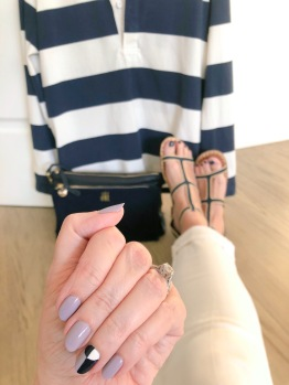 manimonday-nailart-essie-jcrew-clarev-carrieforbes