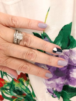 manimonday-nailart-essie-alice+olivia