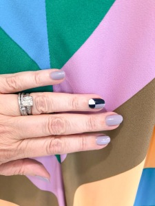 manimonday-nailart-essie-tibi