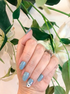 manimonday-essie-nailart-easter