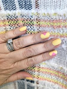 veronicabeard-manimonday-nailart-cnd