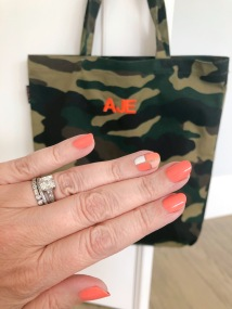 manimonday-nailart-essielove-jcrew