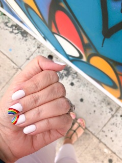 manimonday-essie-nailart-loveislove-gaypride-rainbow-carrieforbes