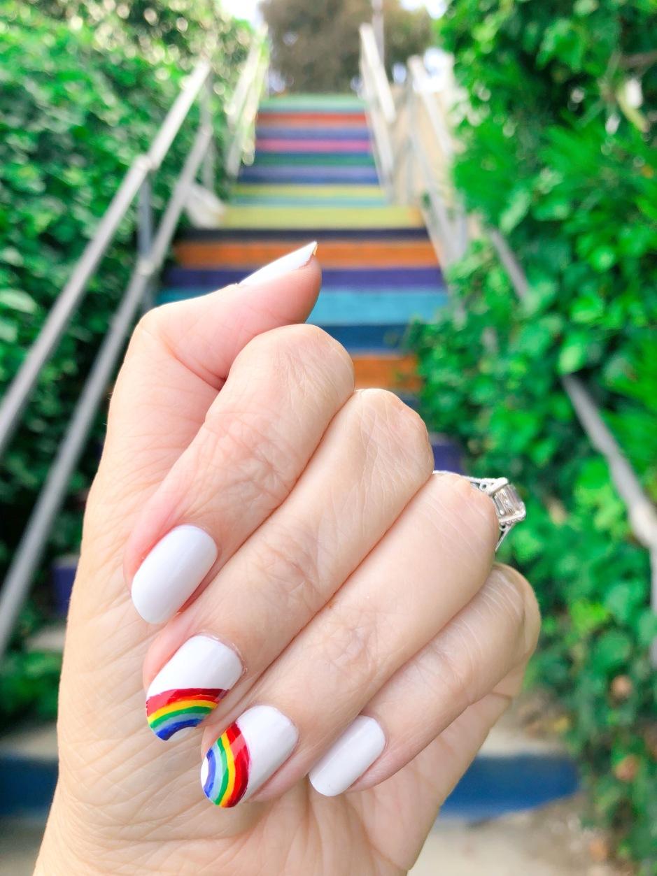 essie-nailart-rainbow-santamonica