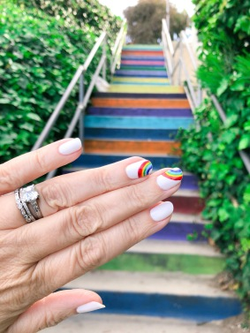 manimonday-essie-nailart-loveislove-gaypride-rainbow-santamonica
