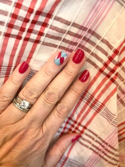 manimonday-nailart-essie-veronicabeard