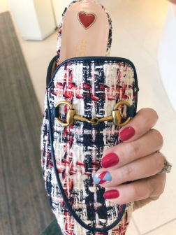 manimonday-nailart-essie-gucci