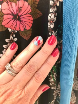 manimonday-nailart-essie-sandro