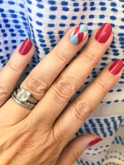 manimonday-nailart-essie-lemlem