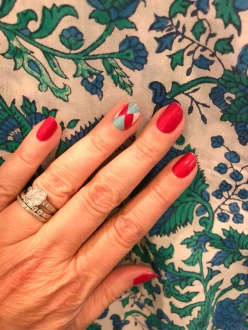 manimonday-nailart-essie-jcrew-szblockrprints