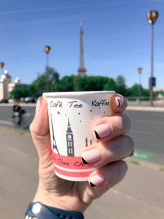 manimonday-nailart-essie-paris-eiffeltower
